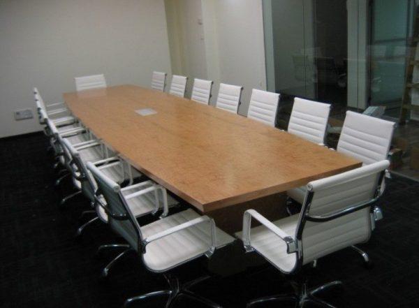 שולחן לחדר ישיבות דגם חרמון - סטטוס ריהוט משרדי