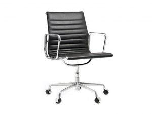 כסא דגם סופר אומגה