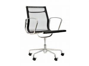 כסא דגם סופר דלתא