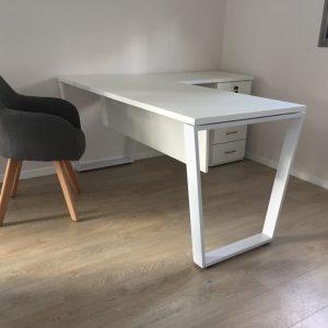 שולחן עבודה דגם טרפז