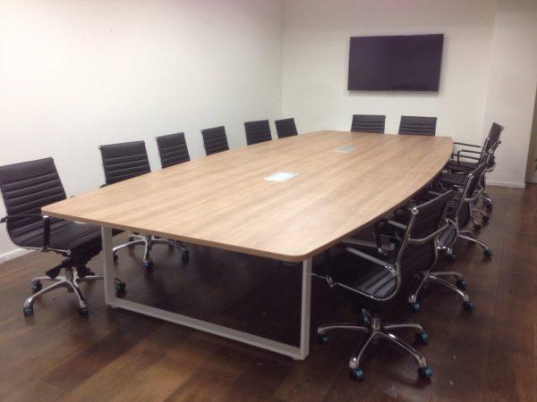 שולחן לחדר ישיבות דגם Q דגם Q - סטטוס ריהוט משרדי