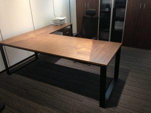 שולחן מנהל דגם Q