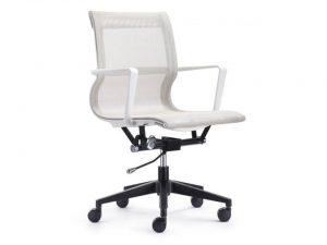 כסא דגם ויטרה לבן