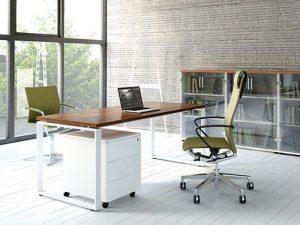 שולחן עבודה דגם Q
