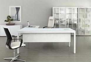 שולחן מנהל דגם סטטוס