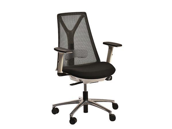 כסא דגם נייס